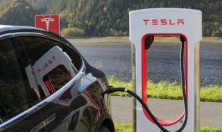 Tesla : la voiture à moins de 25.000 dollars pourrait débarquer en 2022