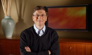 Covid-19 : quasiment tous les vaccins seront efficaces d'ici février, estime Bill Gates