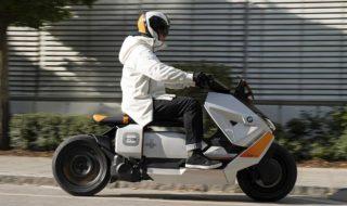 BMW présente CE04, son nouveau scooter 100% électrique