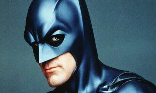 Batman & Robin : George Clooney reconnaît avoir été « mauvais  » dans le nanar de 1997
