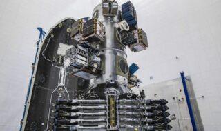 Falcon 9 : la fusée met en orbite 143 satellites d'un coup, un record