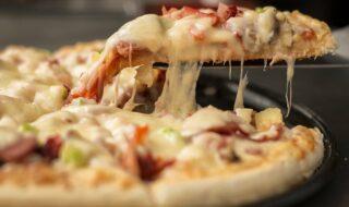 Netflix : une entreprise veut vous payer pour regarder des séries en mangeant des pizzas