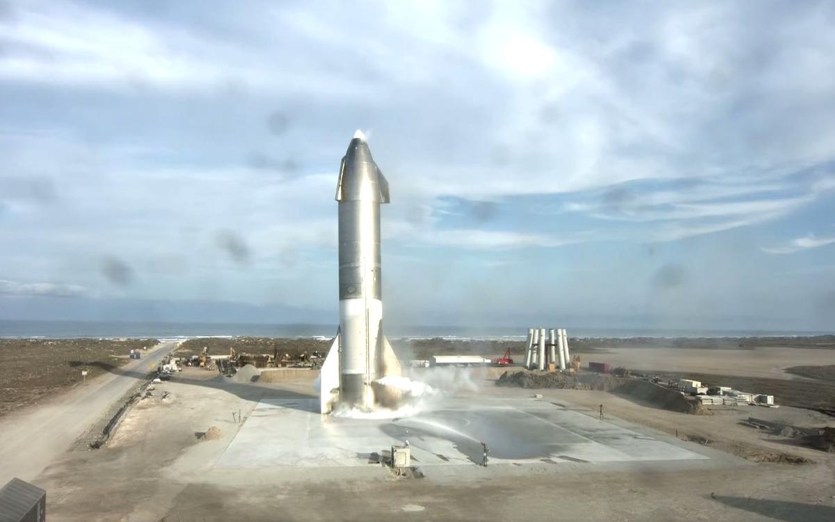 Atterrissage réussi pour le prototype de Starship