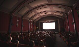 Cinémas : les salles obscures françaises rouvriront le 19 mai