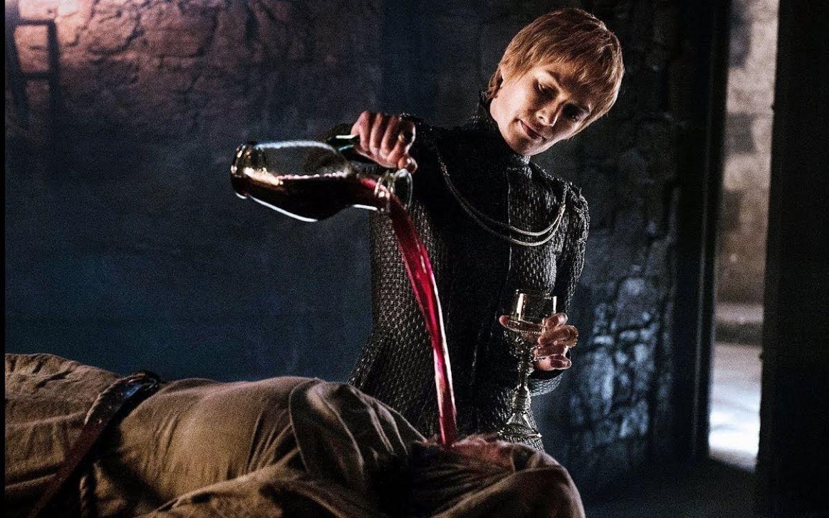 Cersei torturant Septa Unella, image HBO