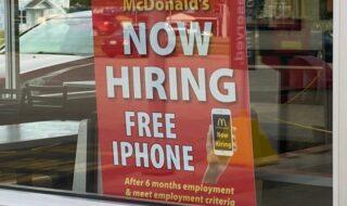 Ce McDonald's offre un iPhone à tous les employés qui restent plus de six mois