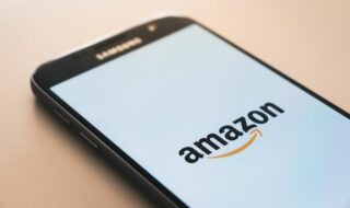 Amazon écope d'une amende record de 746 millions d'euros, voici pourquoi