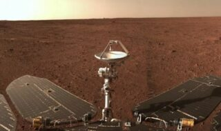 Mars : le rover chinois Zhurong capture un panorama saisissant de la planète rouge